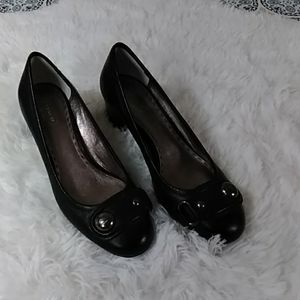 EUC Coach black leather Darlina pumps 8.5